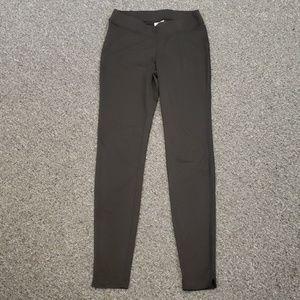 🌺 Like new Women's Columbia black active pants